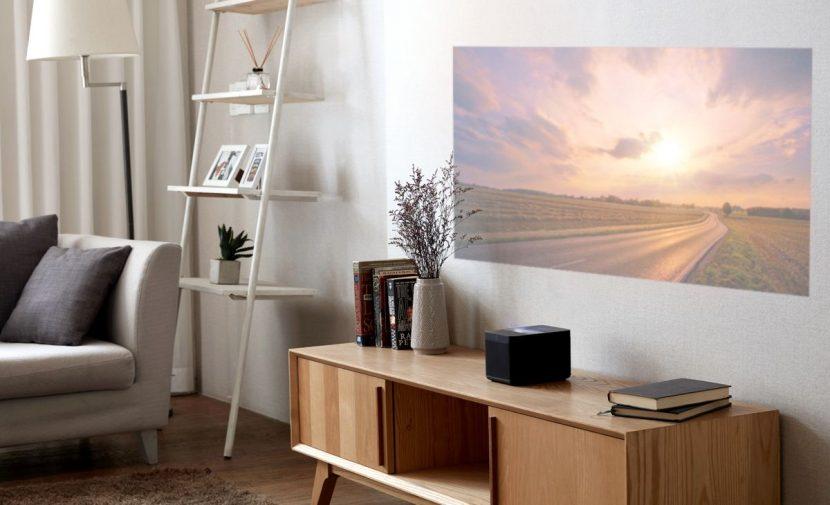 Humax Vision è già oltre gli smart display: ecco il Google Home con proiettore Android TV integrato (foto)