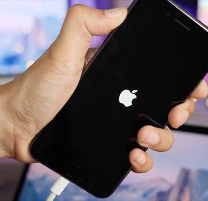 Un link manda completamente in kernel panic tutti gli iPhone ed iPad, costringendoli a riavviarsi [Video]