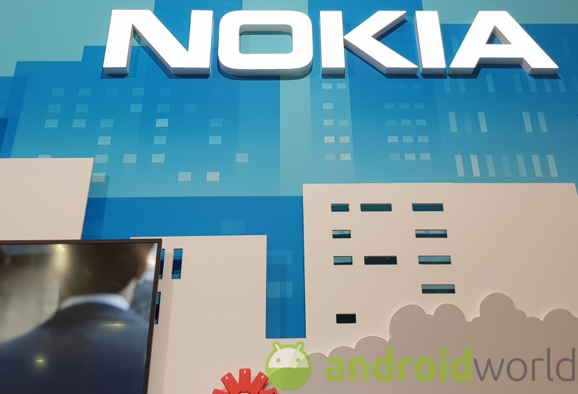 Ma il Nokia di questo render quante fotocamere ha? 2,3,4… 6?? (foto)