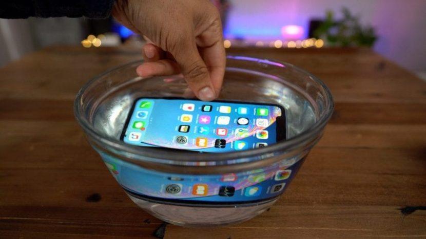 Dati mostrano che le vendite di iPhone XS ed XR sono molto inferiori rispetto ai modelli dello scorso anno