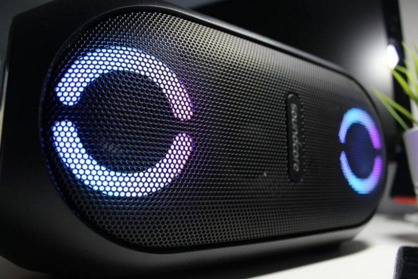 Recensione Soundcore Rave Mini: L'altoparlante controllabile da iPhone ideale per le feste tra amici