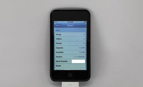 Ecco il prototipo dell'iPod Touch di prima generazione con design nero lucido