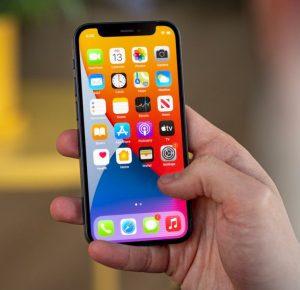 Gli utenti di iPhone 12 mini segnalano problemi di sensibilità al tocco