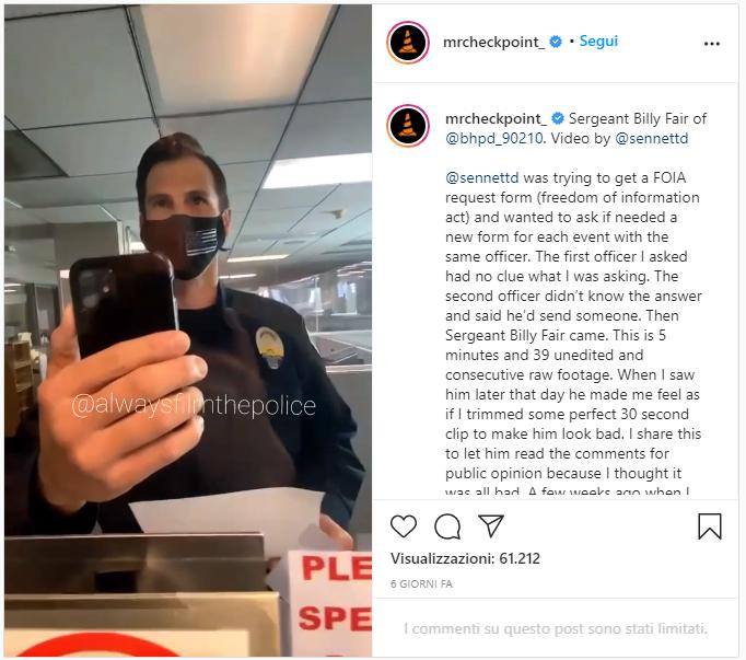 Polizia di Beverly Hills riproduce brani musicali